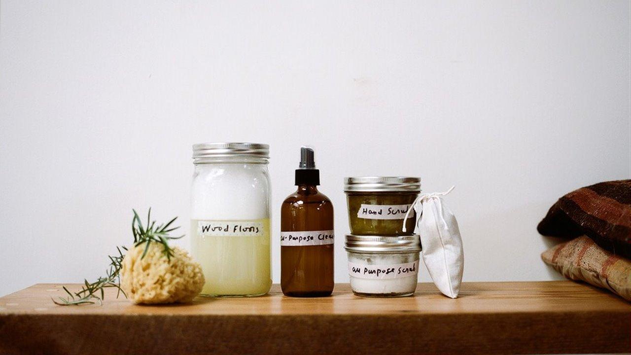 La tintorería en casa: trucos para desinfectar la ropa