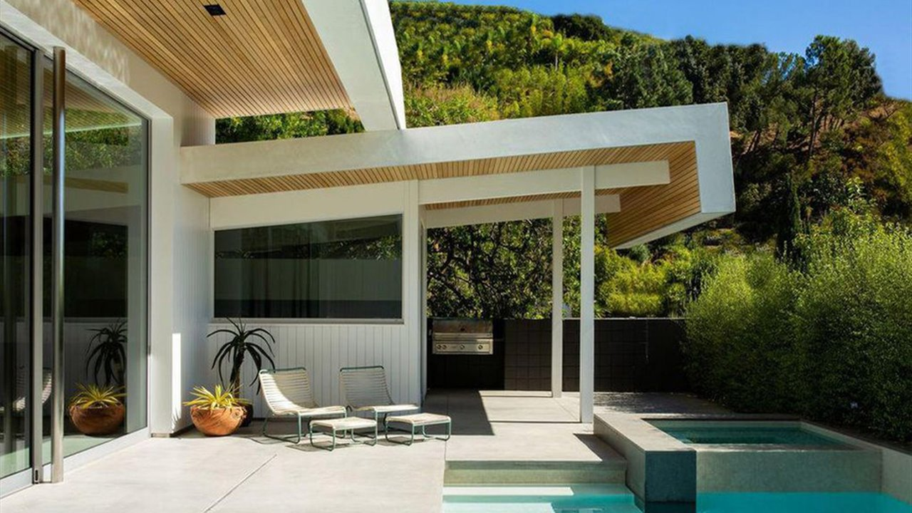 La estrella del cine de acción Jason Statham pone a la venta una obra maestra arquitectónica