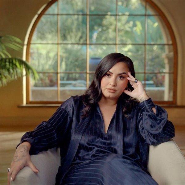 Esta es la casa de la actriz y cantante Demi Lovato, recientemente identificada con el género no binario